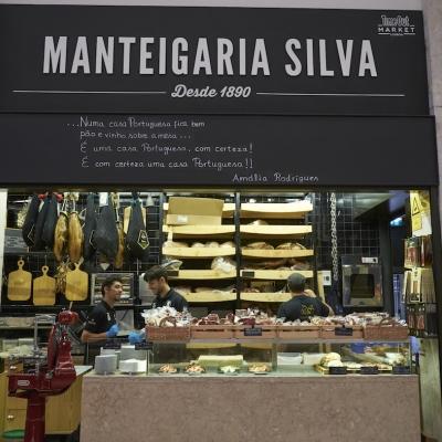 Hlavní lisabonská tržnice nabízí široký výběr lahůdek