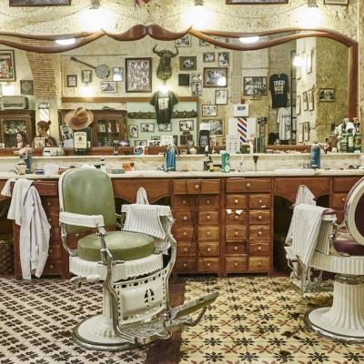 Ve slavném Old School Barber Shopu Figaro's v centru Lisabonu můžete potkat i Davida Beckhama