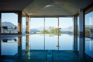 07_Romantik Hotel GMACHL_Panorama Spa Horizont_Infinitypool